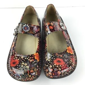 {Alegria} Paloma Midnight Garden Patent Mary Janes